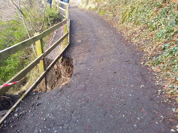 Dells Walkway Closure